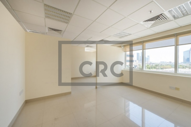 1,276 sq.ft. Office in Jumeirah Lake Towers, One Lake Plaza for AED 65,000