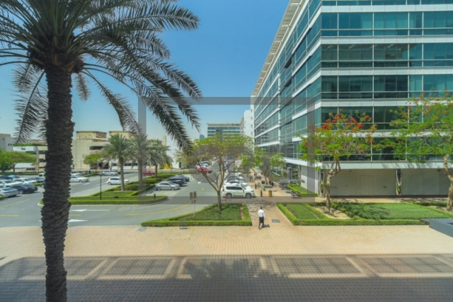 office for rent in sheikh zayed road, emaar business park building 4   17