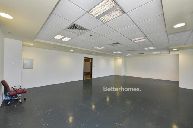 fitted office for rent in discovery gardens, ibn battuta gate   1