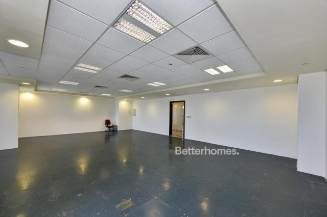 fitted office for rent in discovery gardens, ibn battuta gate   3