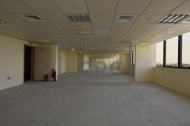 8,044 sq.ft. Office in Dubai Investment Park, Dubai Investment Park 1 for AED 563,081