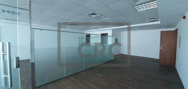 office for rent in deira, sapphire tower | 1