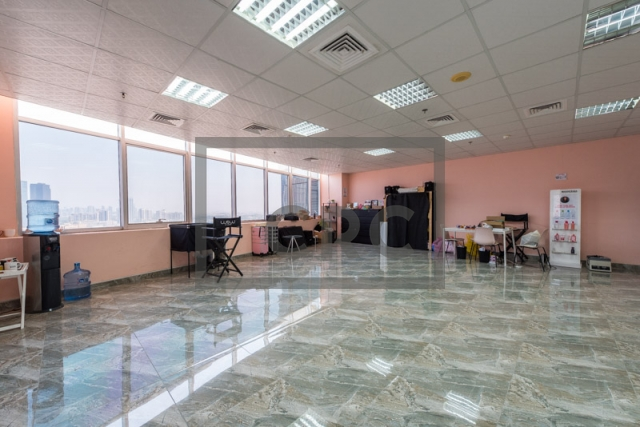 office for rent in jumeirah lake towers, mazaya business avenue bb2   1