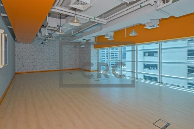 office for rent in sheikh zayed road, single business tower | 1