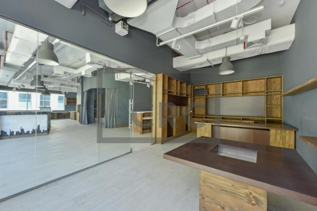 commercial properties for rent in bay square building 7