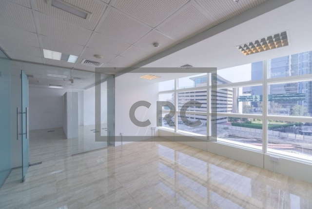 900 sq.ft. Office in Sheikh Zayed Road, Nassima Tower for AED 108,000