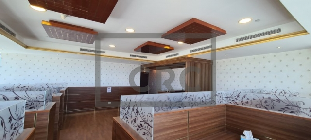semi-furnished office for rent in business bay, churchill executive tower | 6