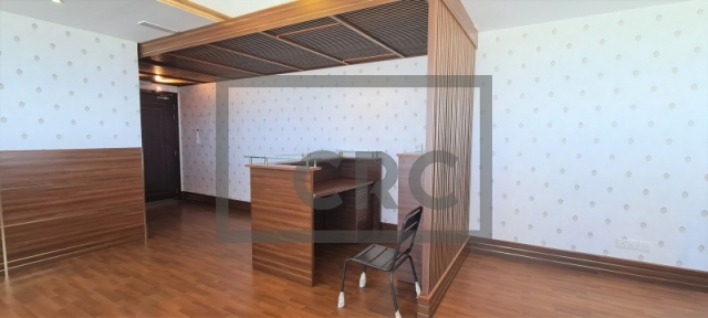 semi-furnished office for rent in business bay, churchill executive tower | 8