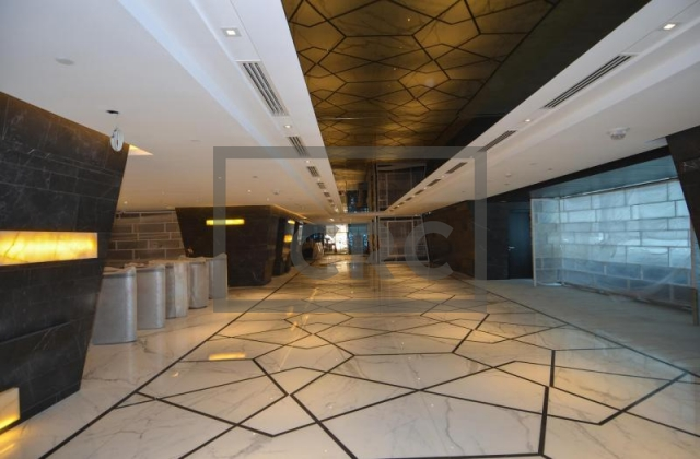 6,596 sq.ft. Office in Sheikh Zayed Road, Burj Al Salam for AED 824,589