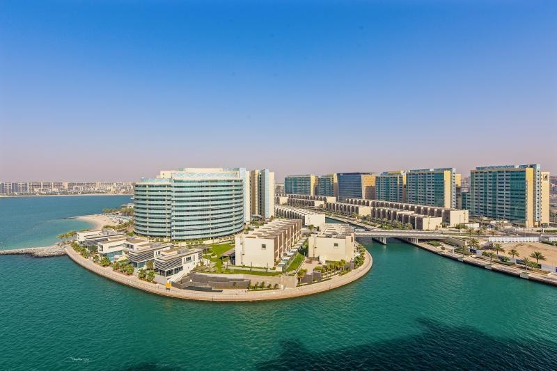 4 Bedroom Townhouse For Sale in  Al Muneera Townhouses Island,  Al Raha Beach   2