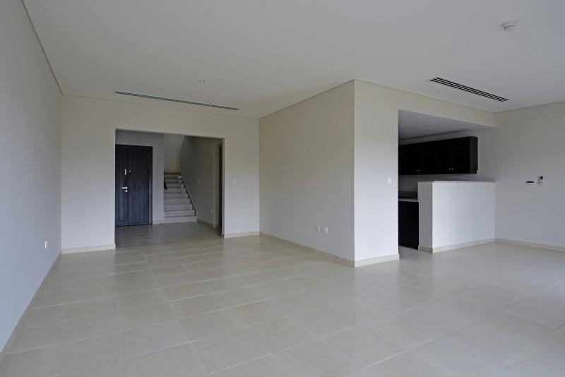 2 Bedroom Villa For Sale in  Nakheel Townhouses,  Jumeirah Village Circle   1