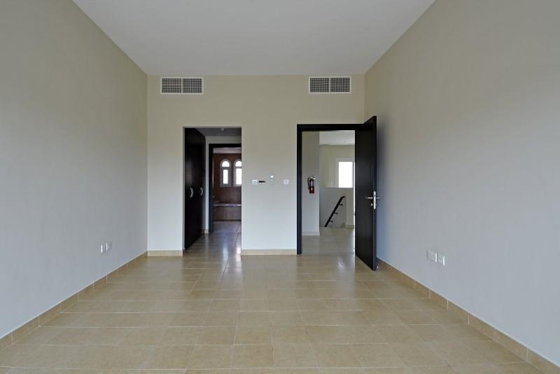 2 Bedroom Villa For Sale in  Nakheel Townhouses,  Jumeirah Village Circle   3