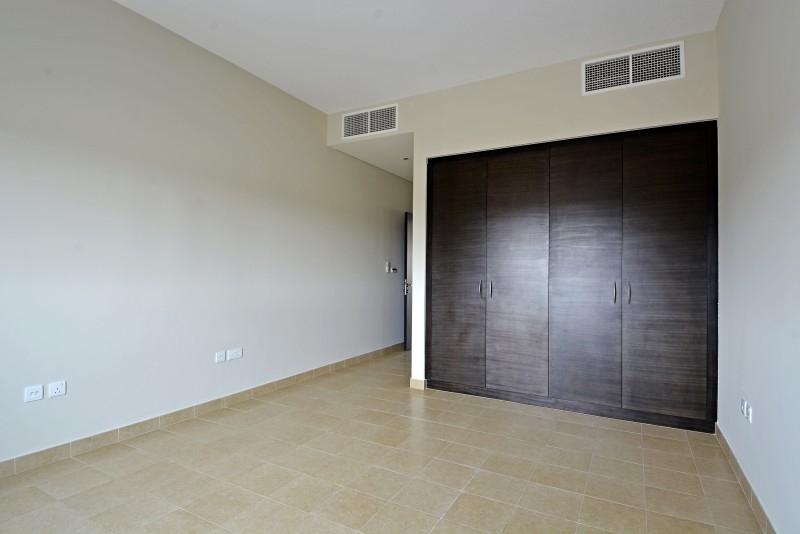 2 Bedroom Villa For Sale in  Nakheel Townhouses,  Jumeirah Village Circle   5
