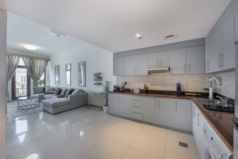 1 Bedroom Apartment For Sale in  Lincoln Park B,  Arjan   2