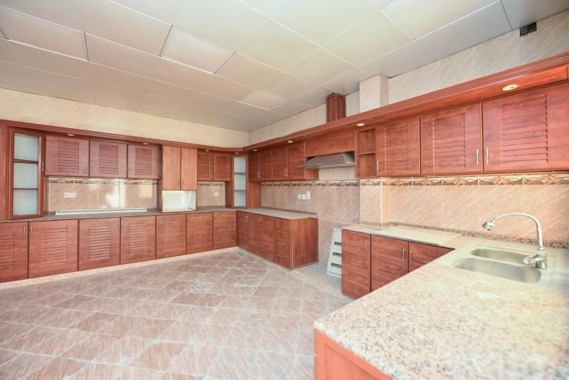 7 Bedroom Villa For Sale in  Al Barsha 2,  Al Barsha   4