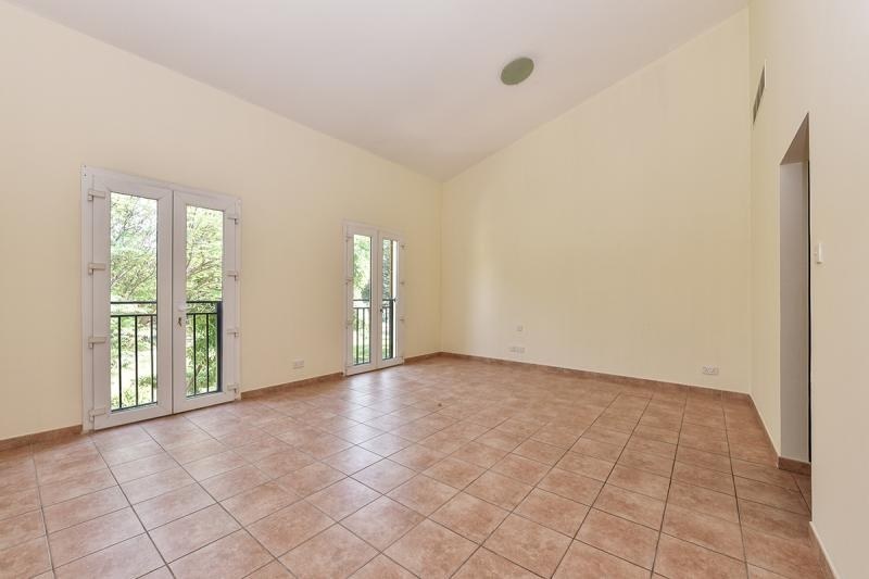 3 Bedroom Townhouse For Sale in  Townhouses Area East,  Green Community | 3