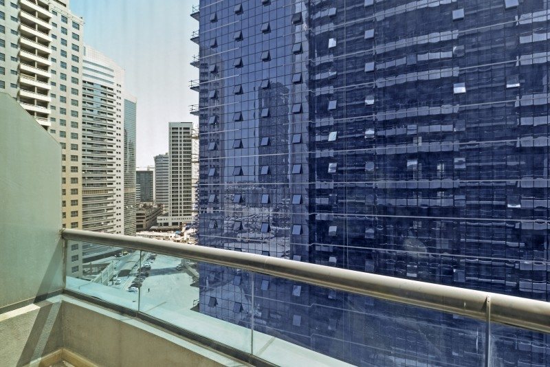 Studio Apartment For Sale in  First Central Hotel Apartments,  Barsha Heights (Tecom) | 5