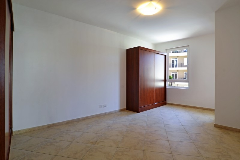 3 Bedroom Apartment For Sale in  Dickens Circus 3,  Motor City | 4