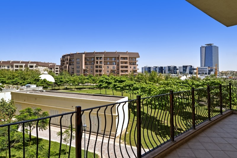 3 Bedroom Apartment For Sale in  Dickens Circus 3,  Motor City | 8