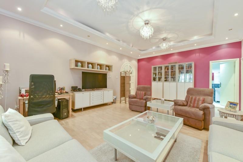 5 Bedroom Villa For Sale in  Al Safa 1,  Al Safa   8