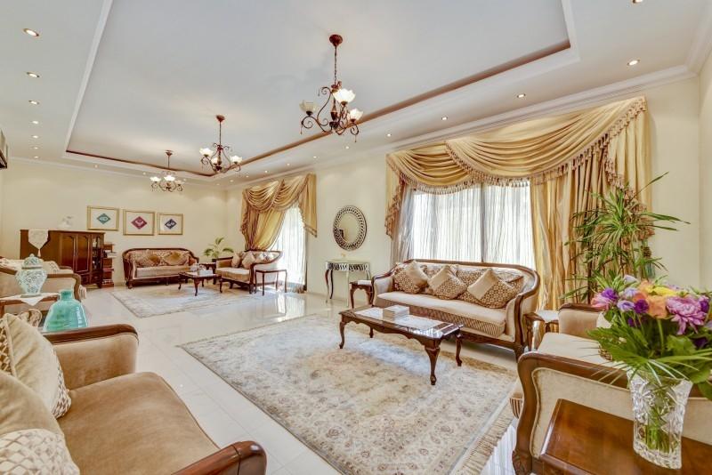 5 Bedroom Villa For Sale in  Al Safa 1,  Al Safa   0