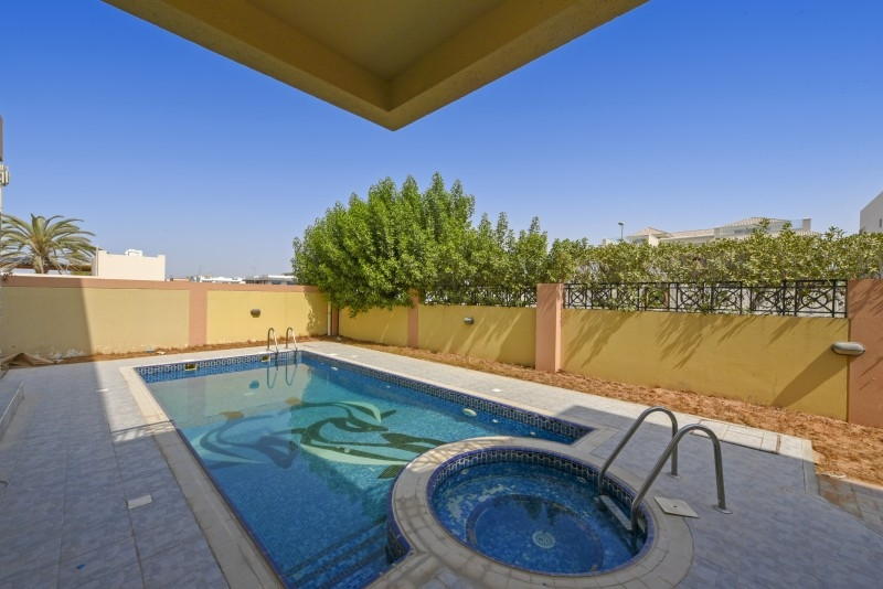 5 Bedroom Villa For Sale in  Umm Suqeim 3,  Umm Suqeim | 3