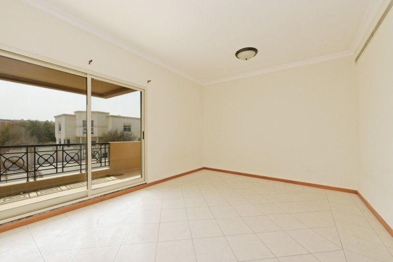 5 Bedroom Villa For Sale in  Umm Suqeim 3,  Umm Suqeim | 6