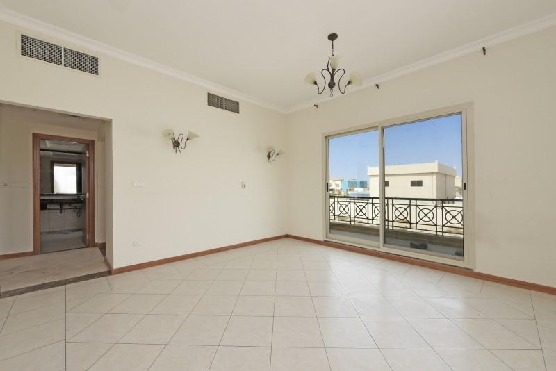 5 Bedroom Villa For Sale in  Umm Suqeim 3,  Umm Suqeim | 8