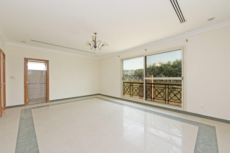 5 Bedroom Villa For Sale in  Umm Suqeim 3,  Umm Suqeim | 1