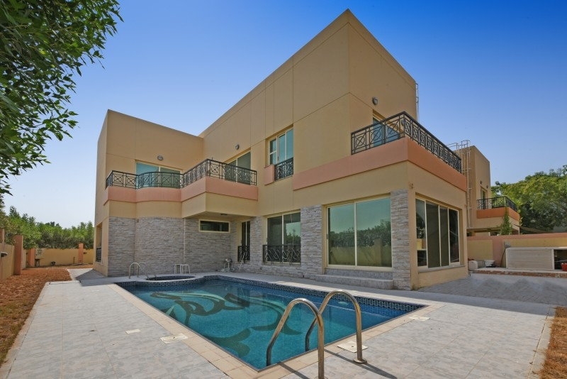 5 Bedroom Villa For Sale in  Umm Suqeim 3,  Umm Suqeim | 0