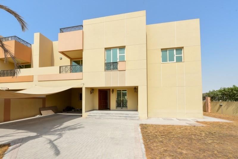 5 Bedroom Villa For Sale in  Umm Suqeim 3,  Umm Suqeim | 15