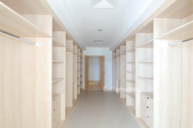 5 Bedroom Villa For Sale in  Beach Villas,  Al Raha Beach   6