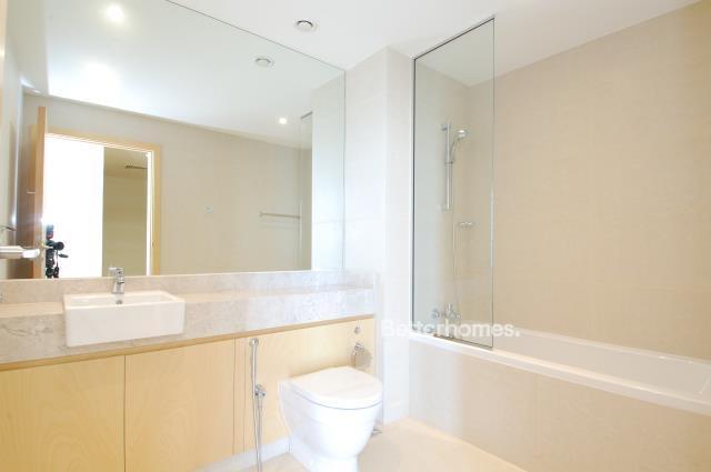 5 Bedroom Villa For Sale in  Beach Villas,  Al Raha Beach   13