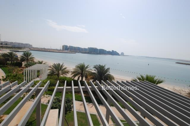 5 Bedroom Villa For Sale in  Beach Villas,  Al Raha Beach   9