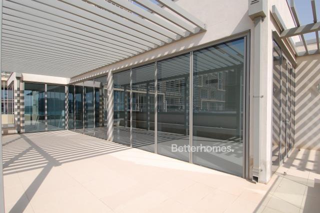 5 Bedroom Villa For Sale in  Beach Villas,  Al Raha Beach   12