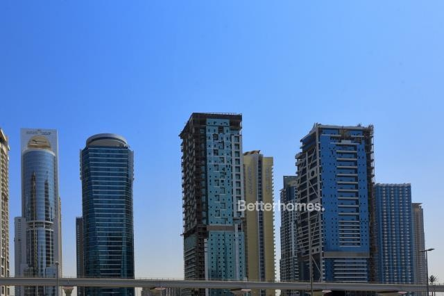 1 Bedroom Apartment For Sale in  Wind Tower 2,  Jumeirah Lake Towers   3