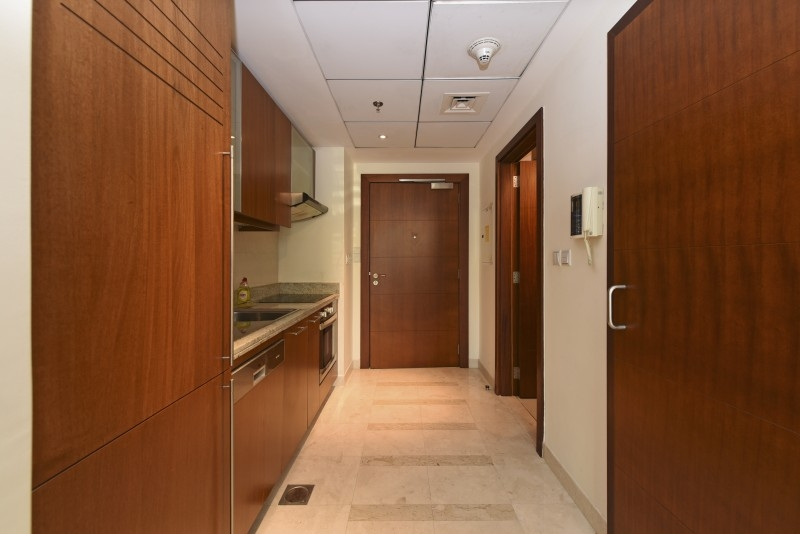 Studio Apartment For Sale in  Standpoint Tower 2,  Downtown Dubai | 4