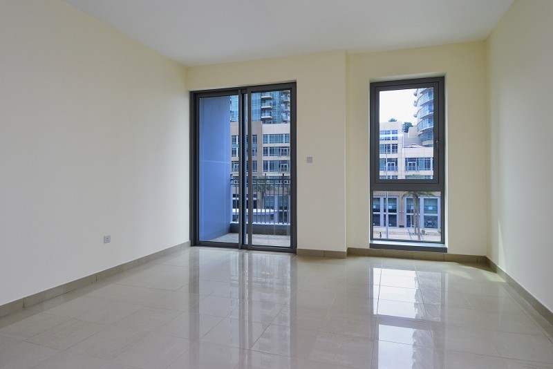 Studio Apartment For Sale in  Standpoint Tower 2,  Downtown Dubai | 2
