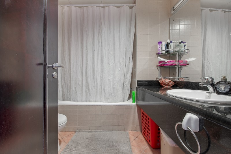 1 Bedroom Apartment For Sale in  Building 38 To Building 107,  Discovery Gardens   5