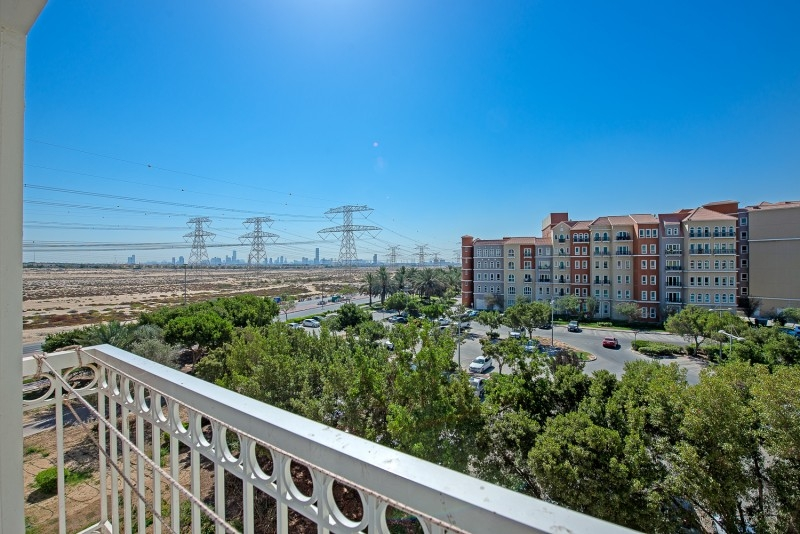 1 Bedroom Apartment For Sale in  Building 38 To Building 107,  Discovery Gardens   12