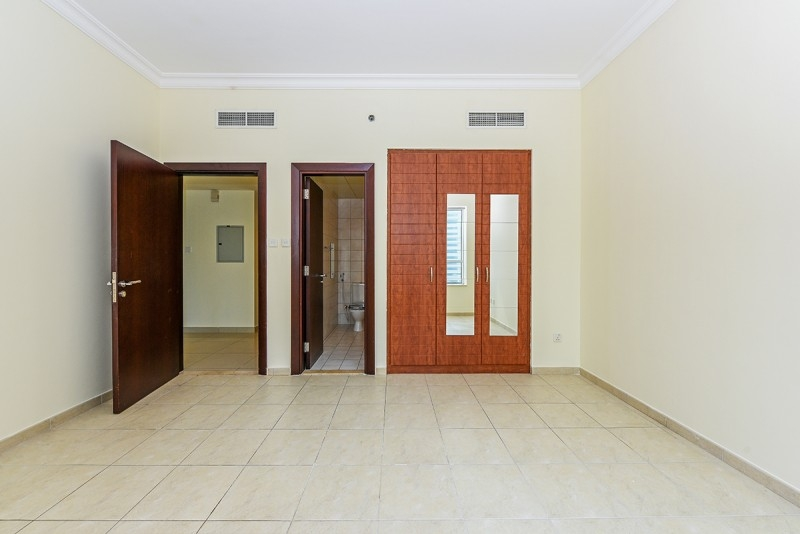 1 Bedroom Apartment For Sale in  V3,  Jumeirah Lake Towers   9