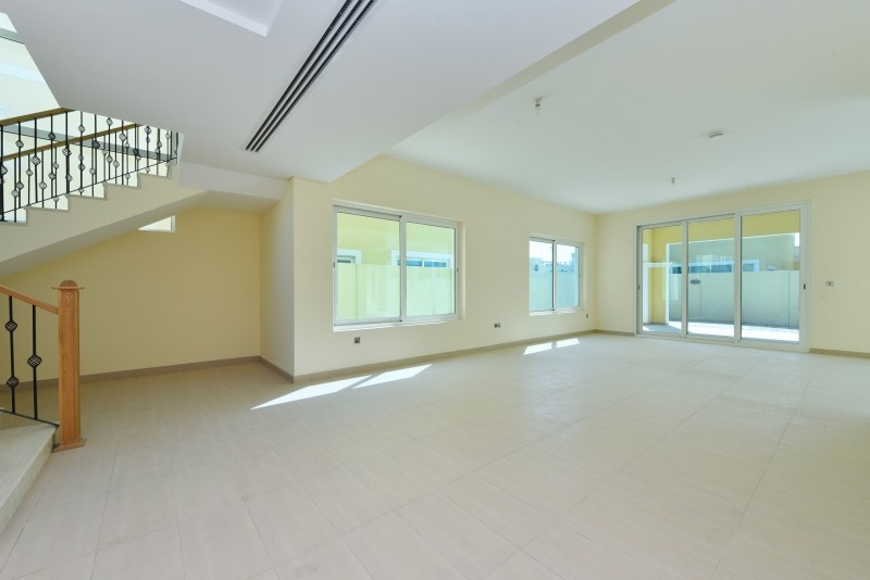 4 Bedroom Villa For Sale in  Nova Villas,  Jumeirah Park | 6