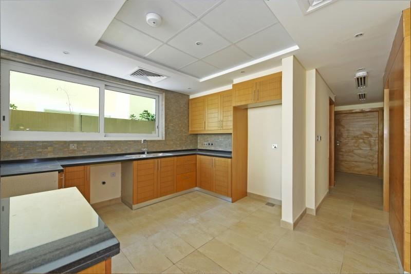 4 Bedroom Villa For Sale in  Nova Villas,  Jumeirah Park | 5