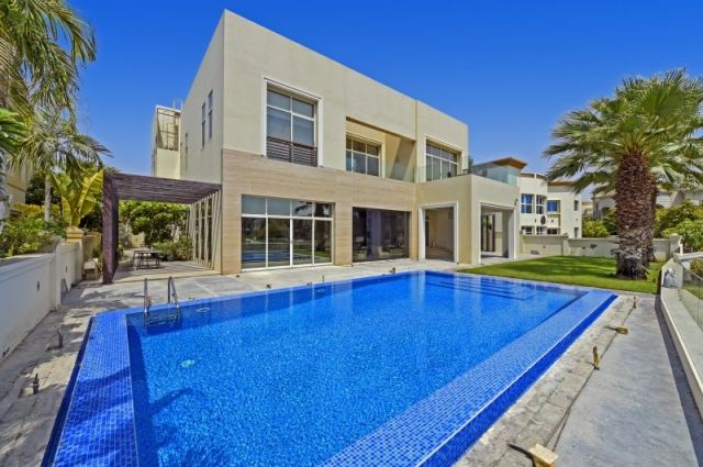 Sector W, Emirates Hills