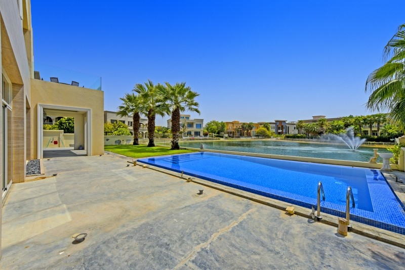 6 Bedroom Villa For Sale in  Sector W,  Emirates Hills   19