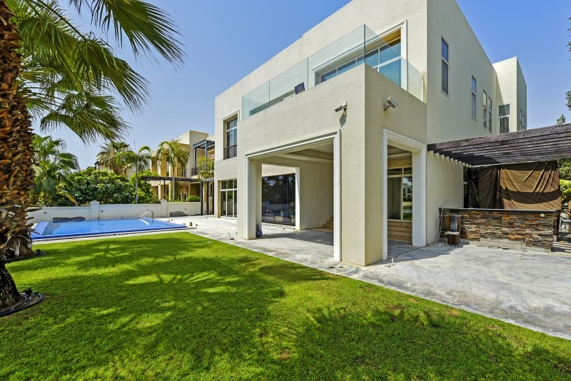 6 Bedroom Villa For Sale in  Sector W,  Emirates Hills   24