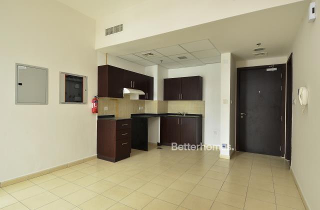 1 Bedroom Apartment For Sale in  Seasons Community,  Jumeirah Village Circle | 4