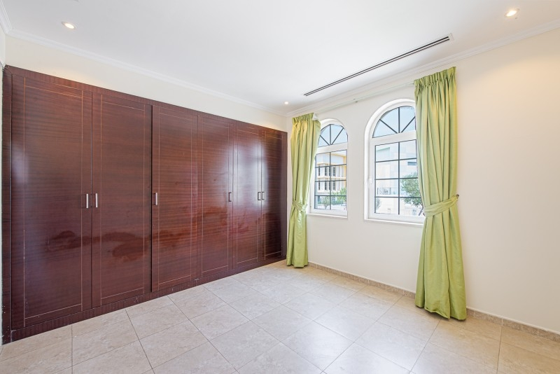 3 Bedroom Villa For Sale in  Legacy Small,  Jumeirah Park | 3