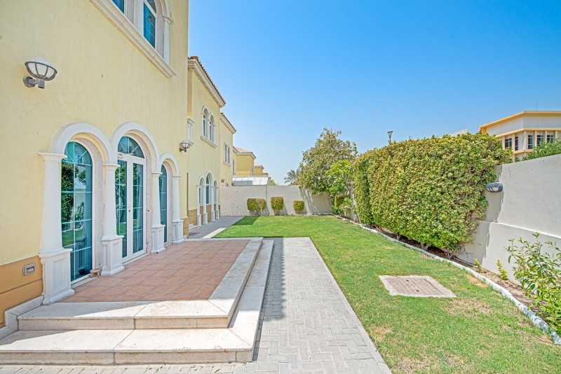 3 Bedroom Villa For Sale in  Legacy Small,  Jumeirah Park | 14
