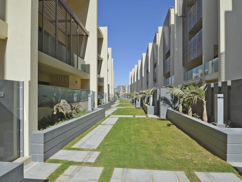 4 Bedroom Townhouse For Sale in  Al Muneera Townhouses Mainland,  Al Raha Beach | 11